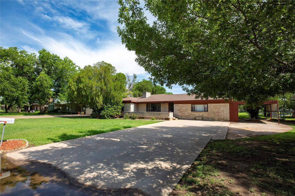 1210 Landon  Street, Stamford, Texas 79553 - Acquisto Real Estate best frisco realtor Amy Gasperini 1031 exchange expert