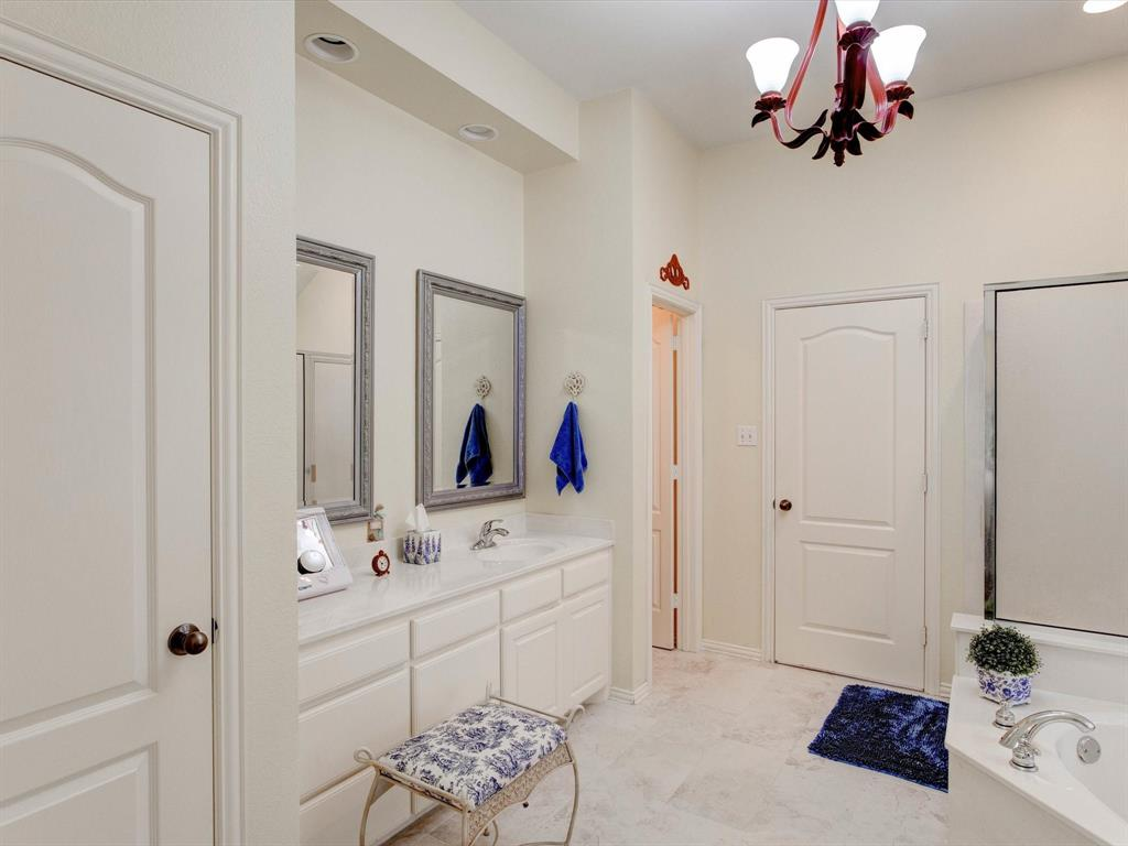 9814 Ravenswood  Road, Granbury, Texas 76049 - acquisto real estate best listing agent in the nation shana acquisto estate realtor