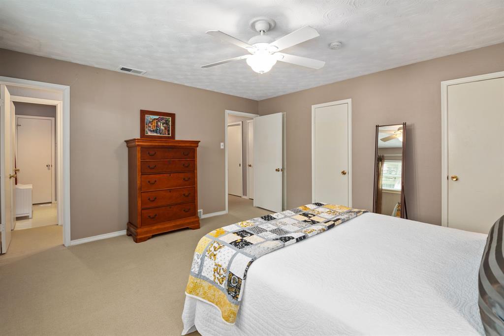 9525 Spring Branch  Drive, Dallas, Texas 75238 - acquisto real estate best designer and realtor hannah ewing kind realtor