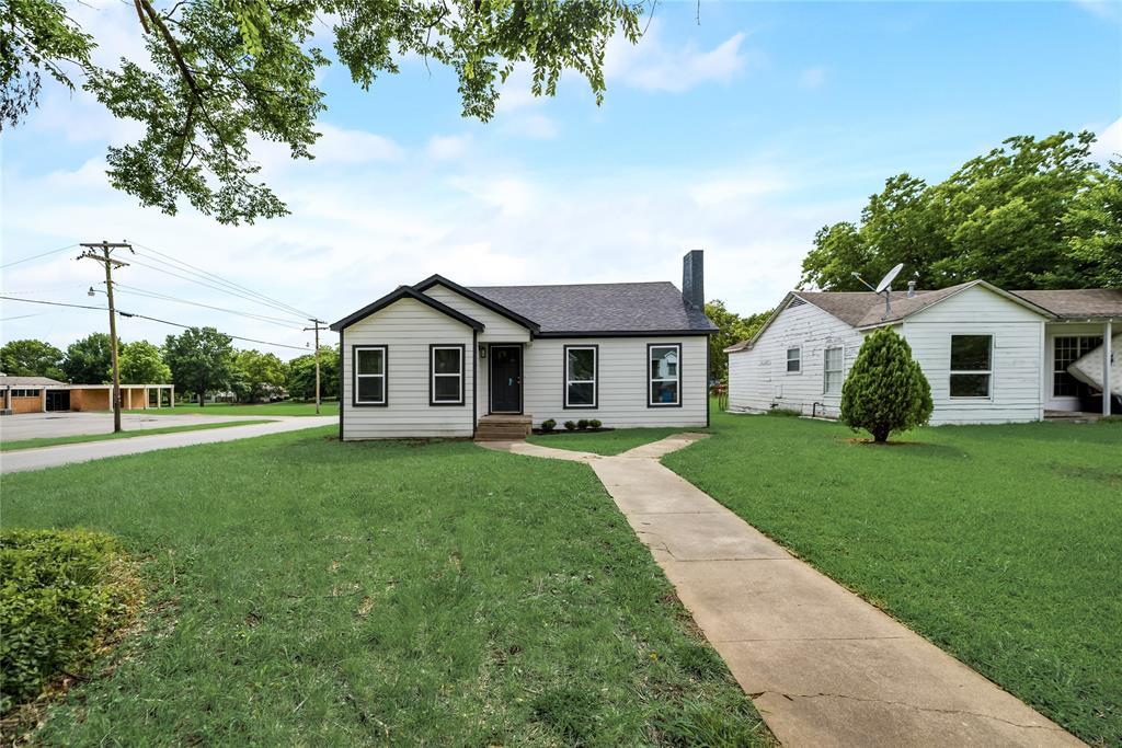 700 Ross  Avenue, Sherman, Texas 75090 - Acquisto Real Estate best frisco realtor Amy Gasperini 1031 exchange expert
