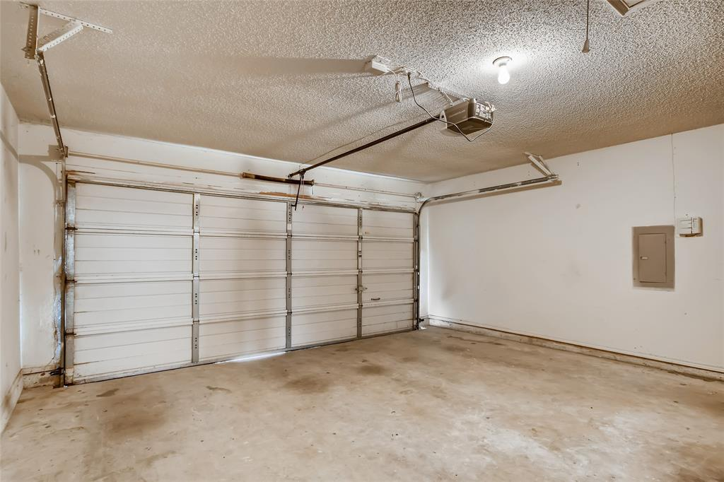 6926 Mazy  Lane, Rowlett, Texas 75089 - acquisto real estate best frisco real estate agent amy gasperini panther creek realtor