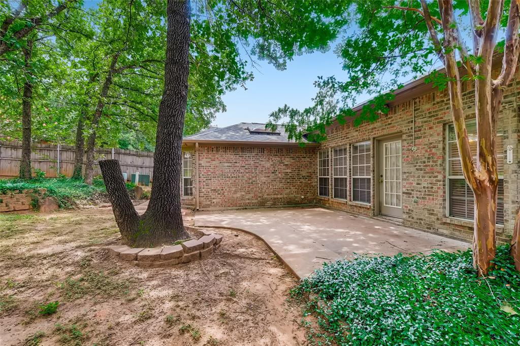 1513 Pacific  Place, Fort Worth, Texas 76112 - acquisto real estate best realtor dfw jody daley liberty high school realtor