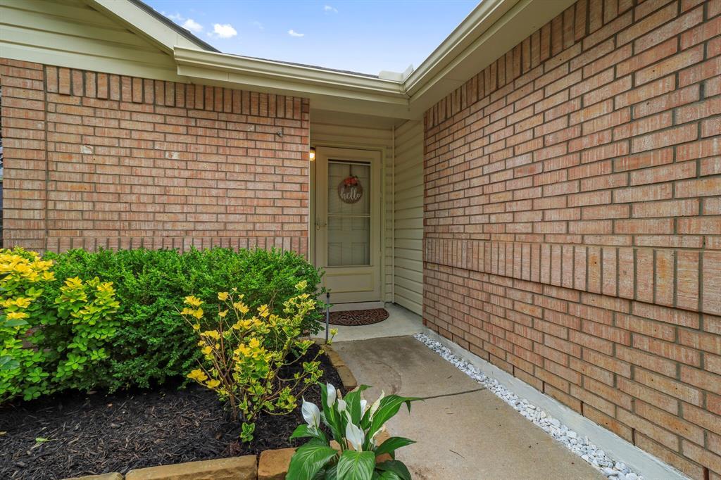 813 Rio Bravo  Drive, Fort Worth, Texas 76052 - acquisto real estate best the colony realtor linda miller the bridges real estate