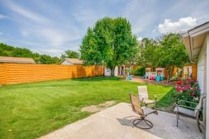 12446 High Meadow  Drive, Dallas, Texas 75244 - acquisto real estate best plano real estate agent mike shepherd