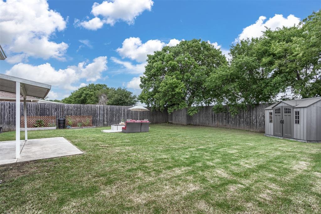 327 Lake Travis  Drive, Wylie, Texas 75098 - acquisto real estate best negotiating realtor linda miller declutter realtor