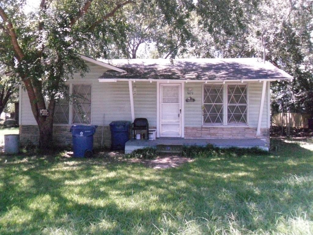 609 Smith  Avenue, Dawson, Texas 76639 - Acquisto Real Estate best frisco realtor Amy Gasperini 1031 exchange expert