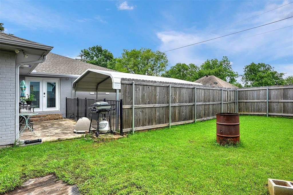 205 Broadway  Street, Whitesboro, Texas 76273 - acquisto real estate best celina realtor logan lawrence best dressed realtor