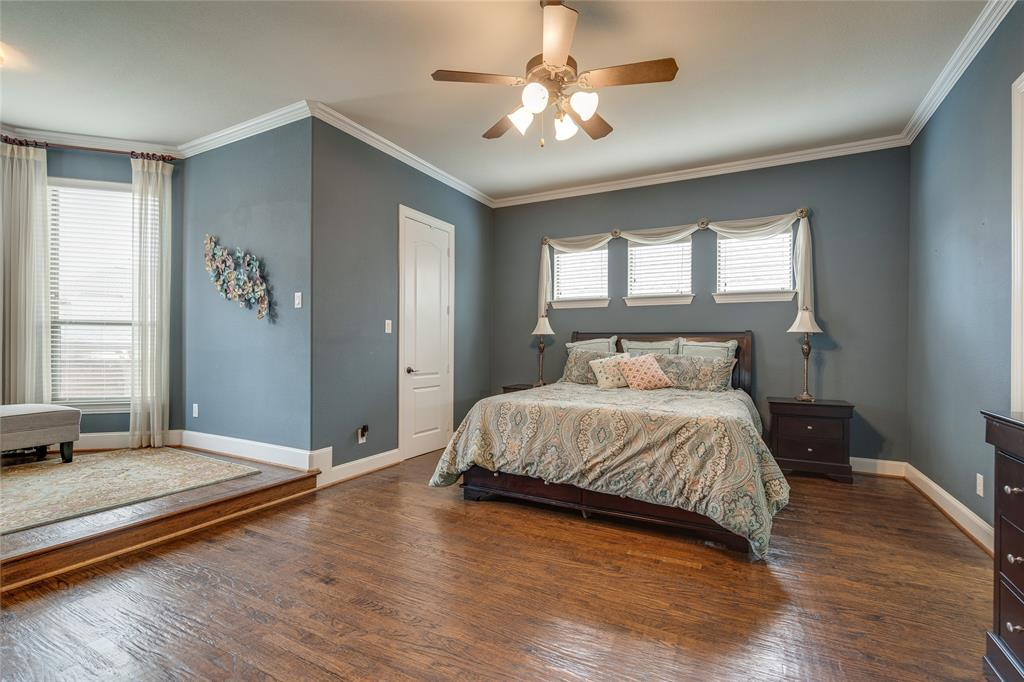 900 Terrace  Drive, Lantana, Texas 76226 - acquisto real estate best photos for luxury listings amy gasperini quick sale real estate