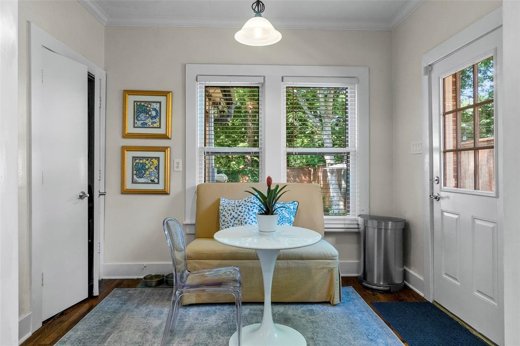 703 Valencia  Street, Dallas, Texas 75223 - acquisto real estate best real estate company in frisco texas real estate showings