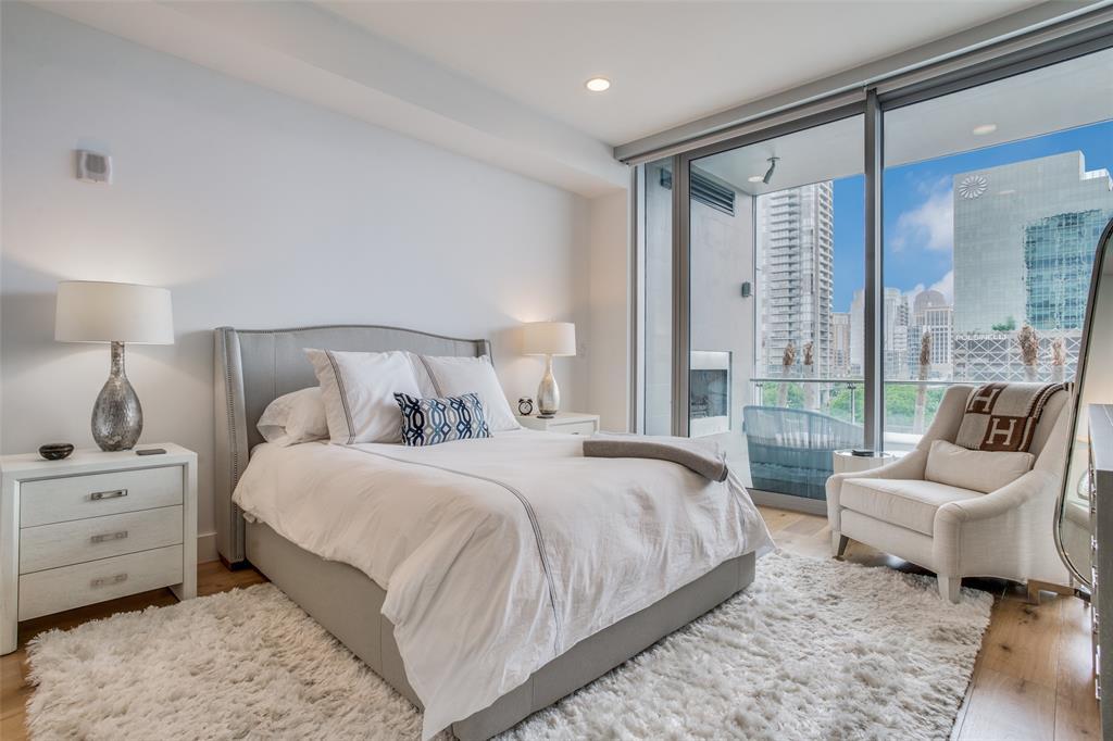 3130 Harwood  Street, Dallas, Texas 75201 - acquisto real estate best luxury buyers agent in texas shana acquisto inheritance realtor