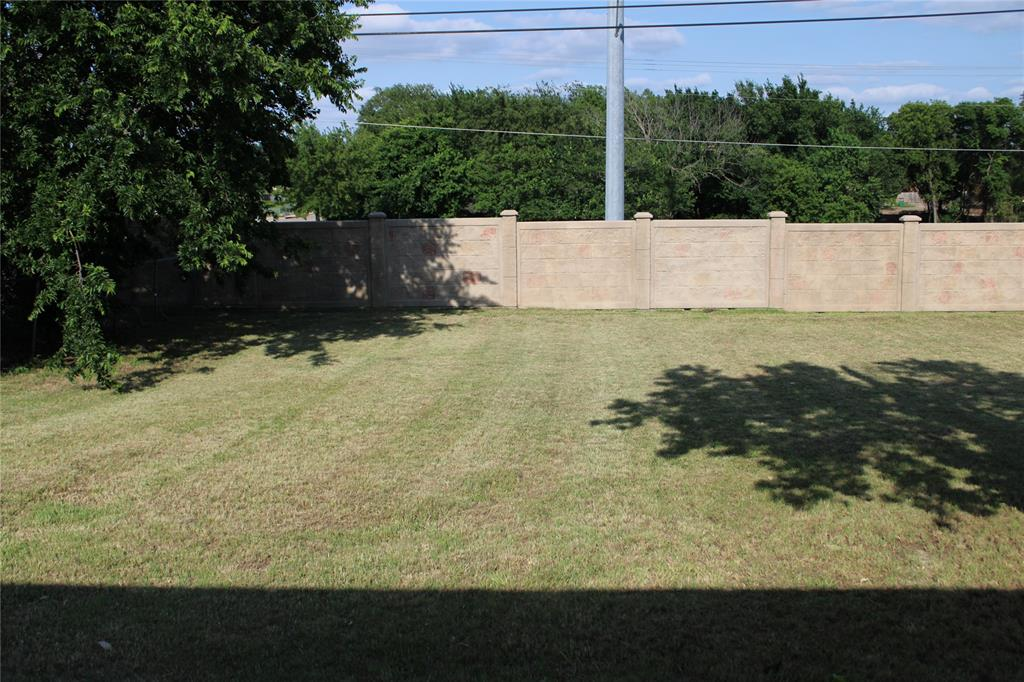 425 Hastings  Drive, Cedar Hill, Texas 75104 - acquisto real estate best frisco real estate broker in texas for high net worth buyers
