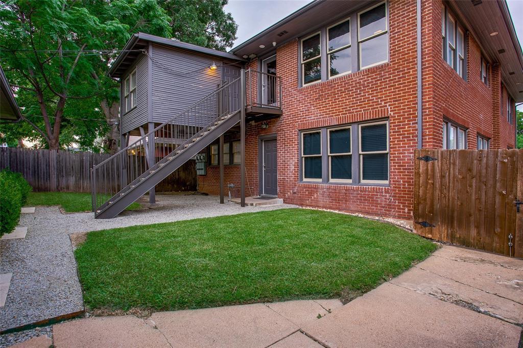 1011 Madison  Avenue, Dallas, Texas 75208 - acquisto real estate best negotiating realtor linda miller declutter realtor
