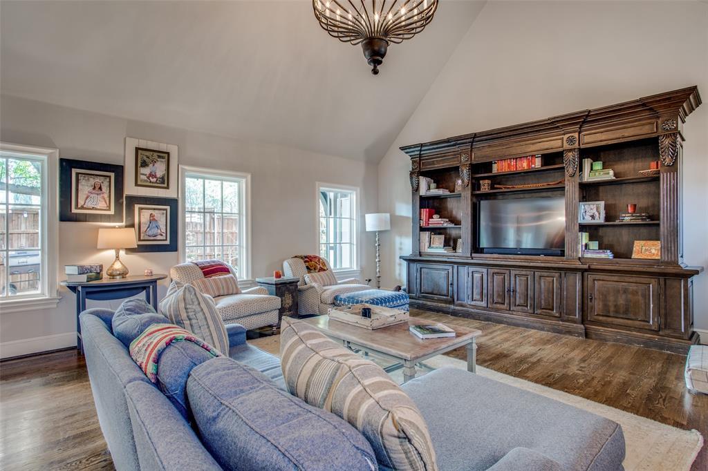 5746 Llano  Avenue, Dallas, Texas 75206 - acquisto real estate best new home sales realtor linda miller executor real estate