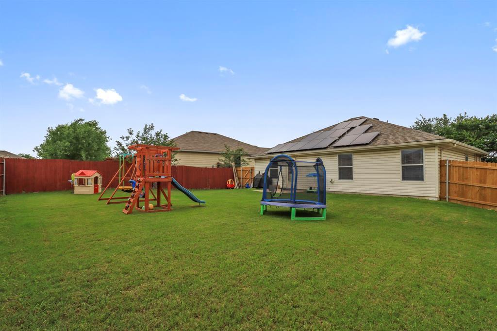 813 Rio Bravo  Drive, Fort Worth, Texas 76052 - acquisto real estate best realtor foreclosure real estate mike shepeherd walnut grove realtor