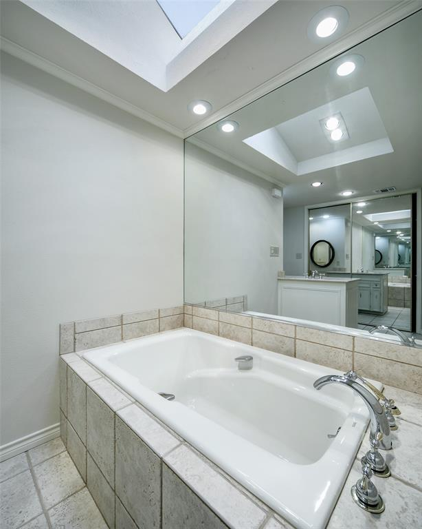 40 Crown  Place, Richardson, Texas 75080 - acquisto real estate best photos for luxury listings amy gasperini quick sale real estate
