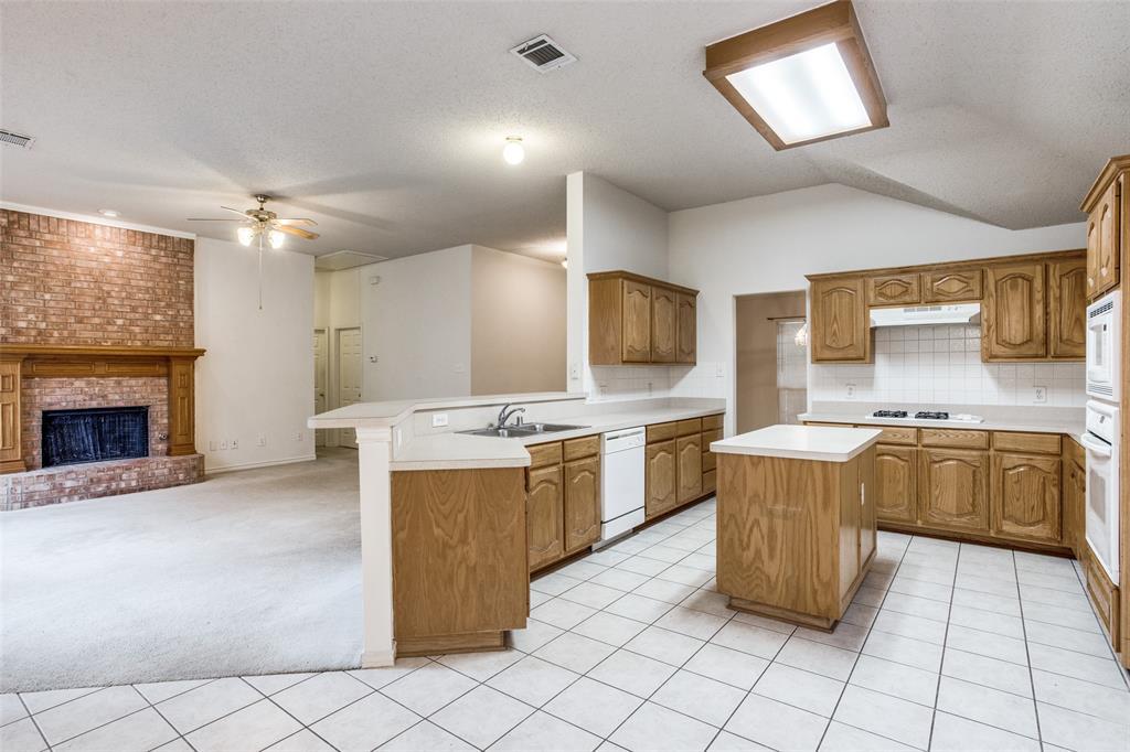 1514 Pine Bluff  Drive, Allen, Texas 75002 - acquisto real estate best listing listing agent in texas shana acquisto rich person realtor