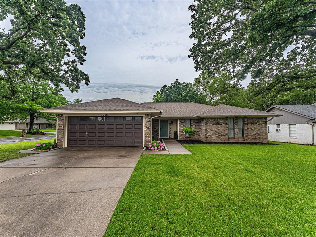 1026 Westminster  Lane, Mansfield, Texas 76063 - Acquisto Real Estate best plano realtor mike Shepherd home owners association expert