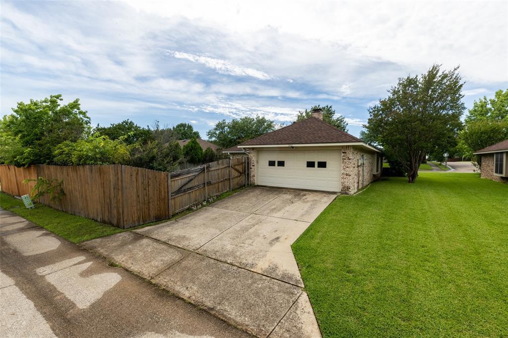 302 Barclay  Avenue, Coppell, Texas 75019 - acquisto real estate smartest realtor in america shana acquisto