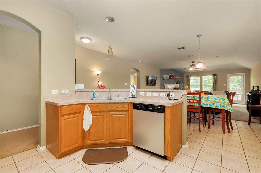 1012 Aviary  Drive, Aubrey, Texas 76227 - acquisto real estate best highland park realtor amy gasperini fast real estate service