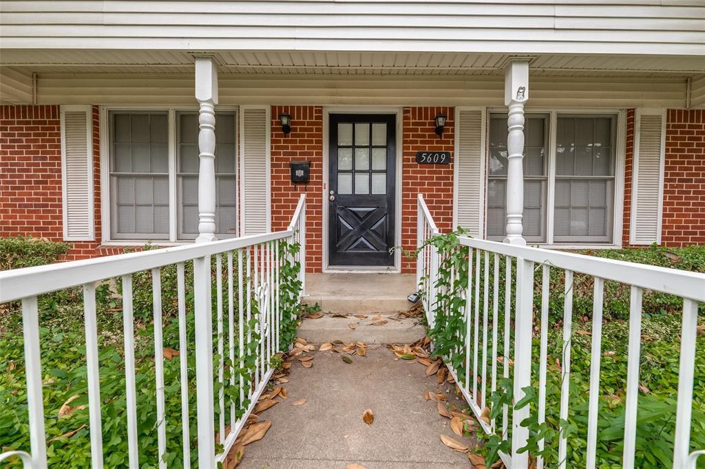 5609 Wimbleton  Way, Fort Worth, Texas 76133 - acquisto real estate best allen realtor kim miller hunters creek expert
