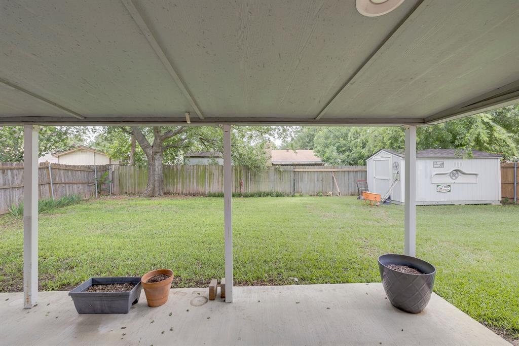 6612 Betty  Drive, Watauga, Texas 76148 - acquisto real estate best realtor dfw jody daley liberty high school realtor