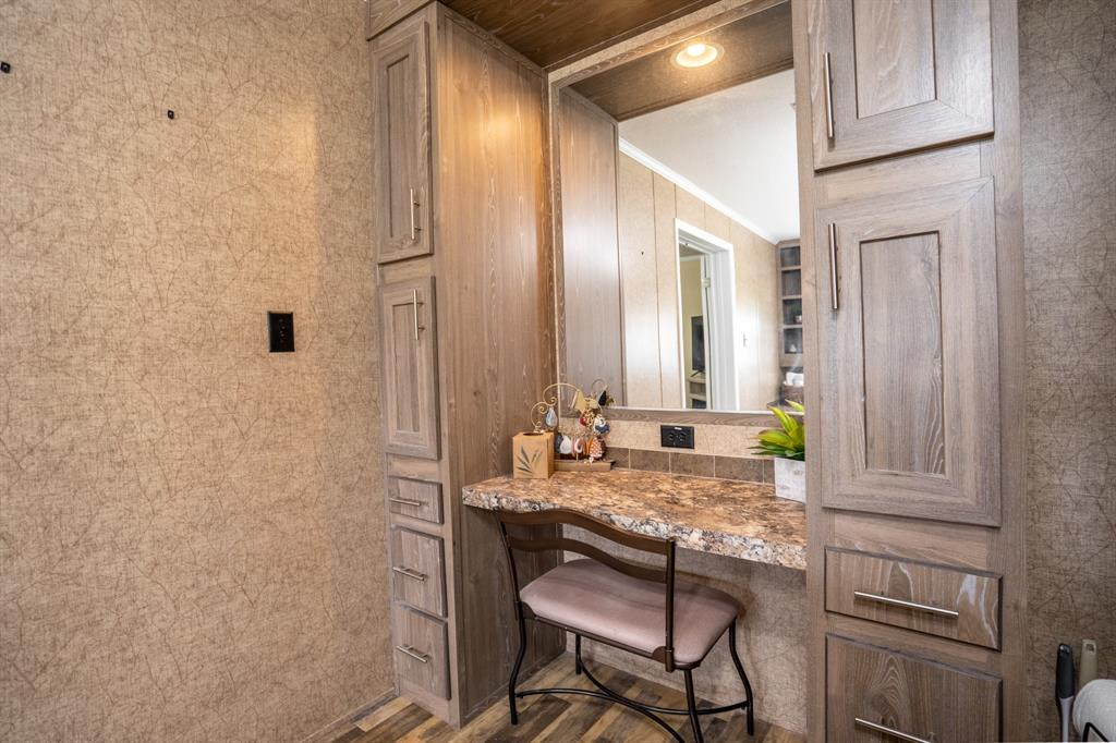 8509 Traildust  Drive, Quinlan, Texas 75474 - acquisto real estaet best boutique real estate firm in texas for high net worth sellers