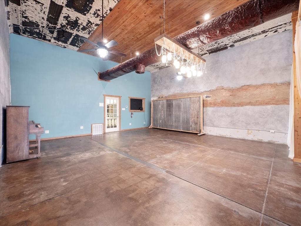 114 Beaton  Street, Corsicana, Texas 75110 - acquisto real estate best highland park realtor amy gasperini fast real estate service