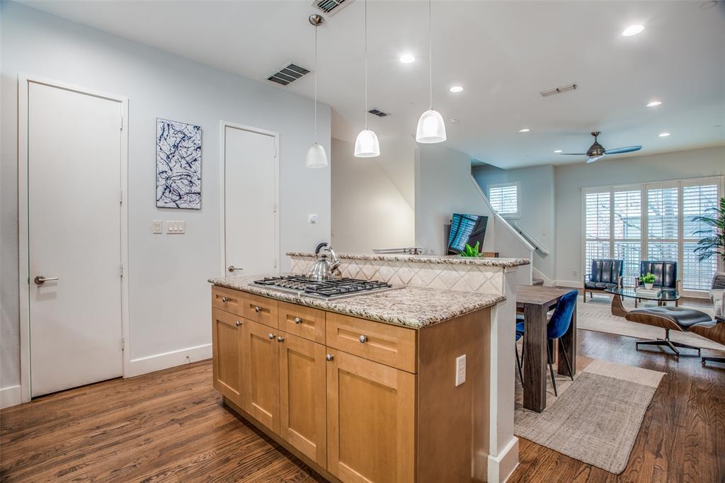 2411 Hall  Street, Dallas, Texas 75204 - acquisto real estate best listing agent in the nation shana acquisto estate realtor