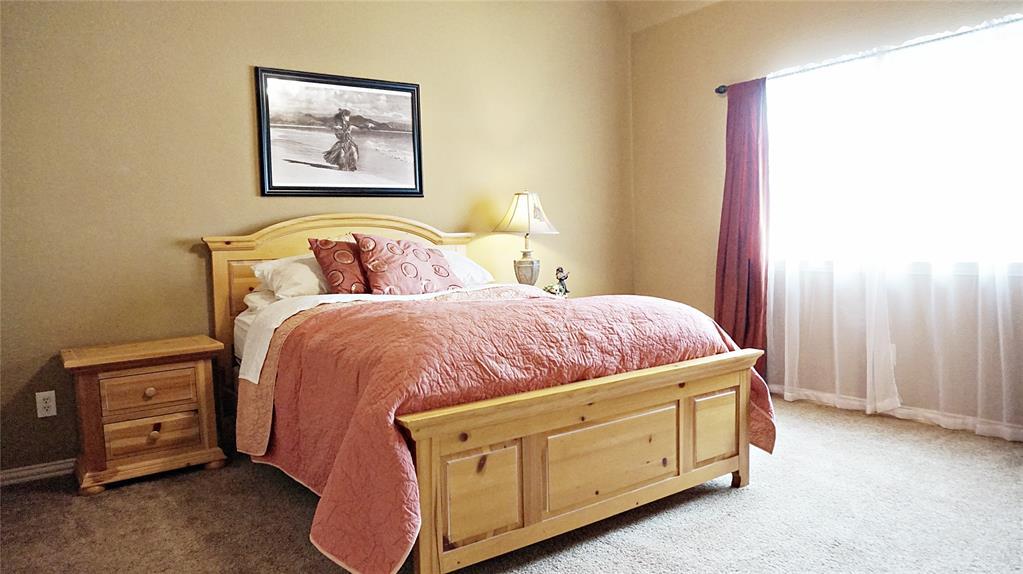 11265 Berkeley Hall  Lane, Frisco, Texas 75033 - acquisto real estate best park cities realtor kim miller best staging agent