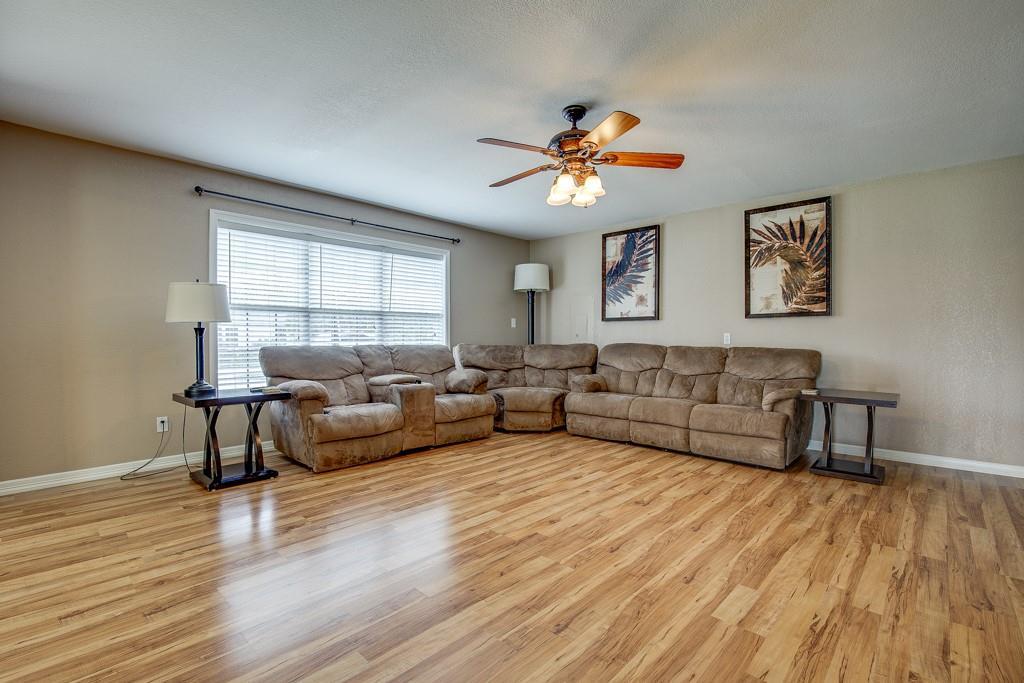 746 Elsberry  Avenue, Dallas, Texas 75217 - acquisto real estate best allen realtor kim miller hunters creek expert
