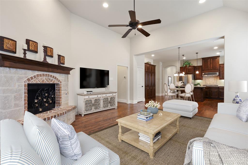 1624 Golf Club  Drive, Lantana, Texas 76226 - acquisto real estate best the colony realtor linda miller the bridges real estate
