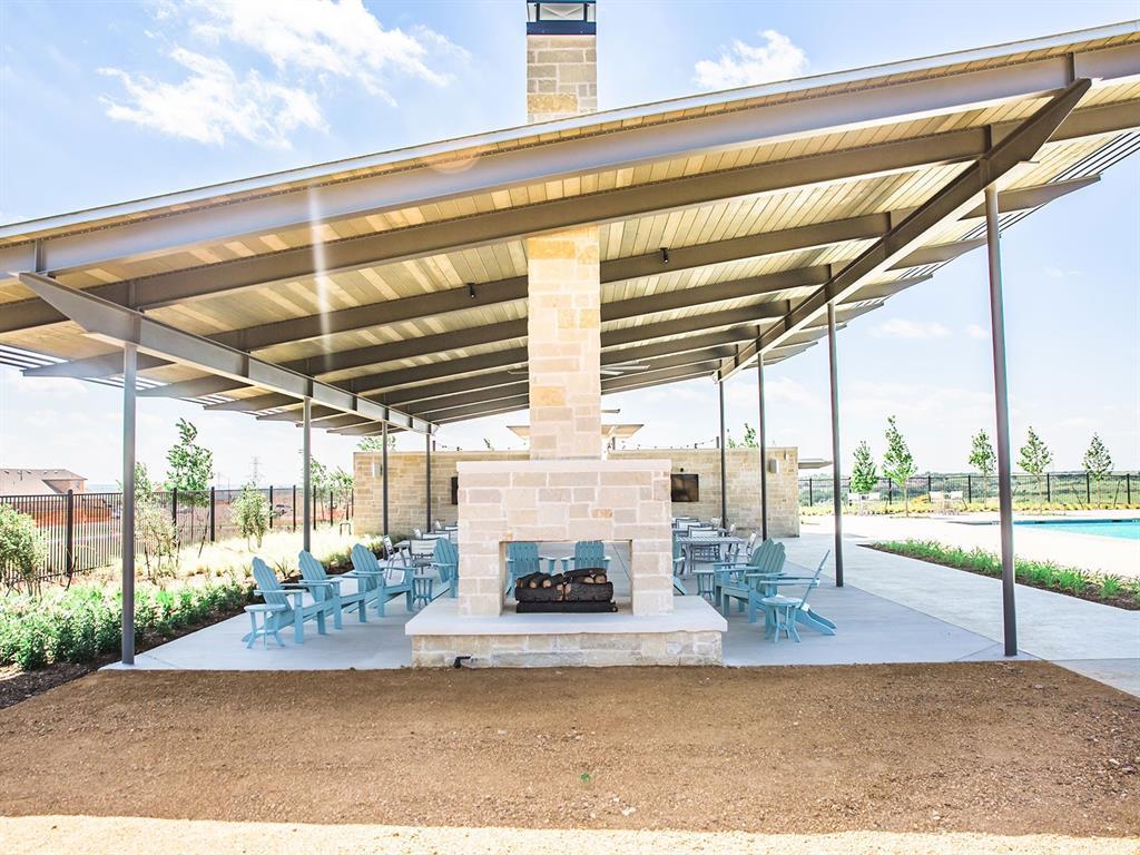 10529 Smiths Bend  Road, Fort Worth, Texas 76126 - acquisto real estate best celina realtor logan lawrence best dressed realtor