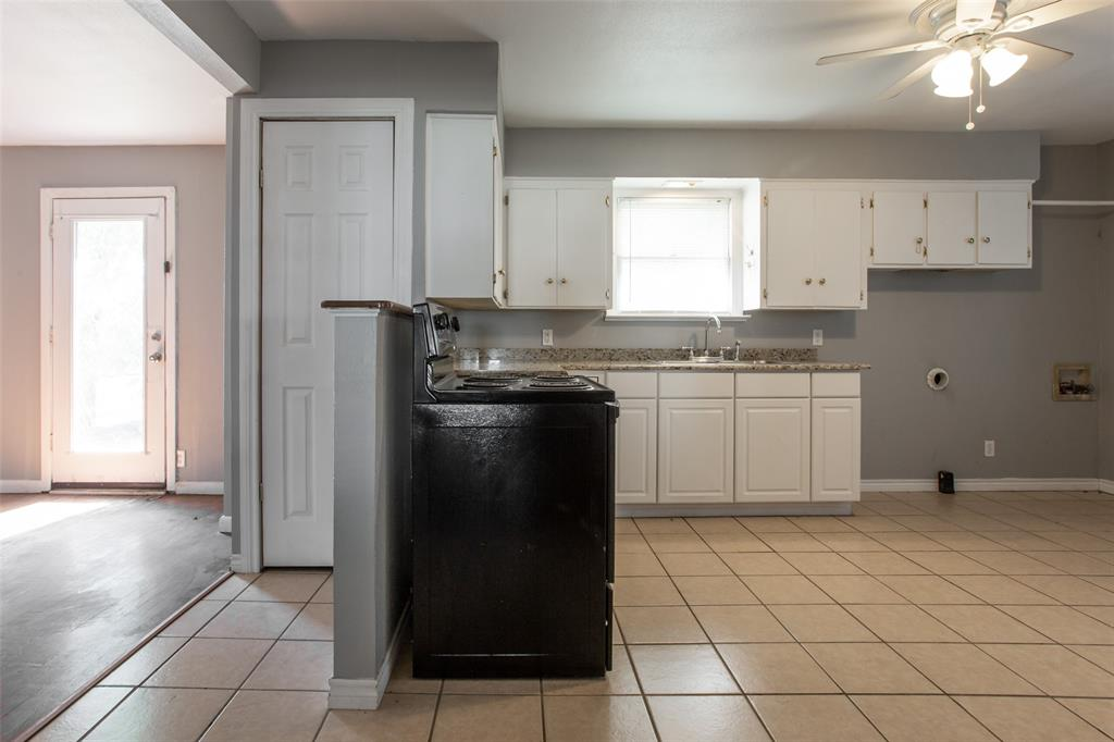 3613 Washburn  Avenue, Fort Worth, Texas 76107 - acquisto real estate best real estate company to work for