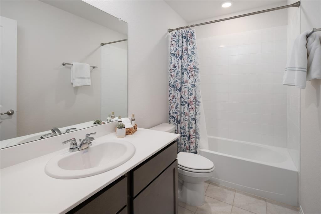 8016 Gallup  Avenue, Aubrey, Texas 76227 - acquisto real estate best designer and realtor hannah ewing kind realtor