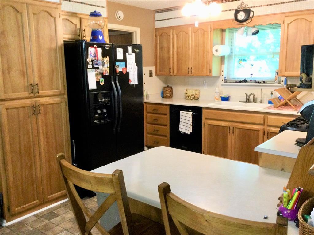 532 Ridgeway  Street, Clyde, Texas 79510 - acquisto real estate best highland park realtor amy gasperini fast real estate service