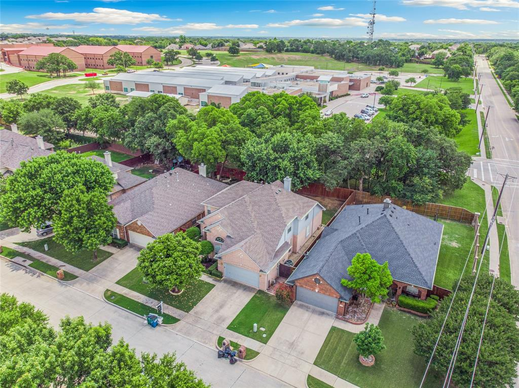 1702 Tealwood  Lane, Corinth, Texas 76210 - acquisto real estate best plano real estate agent mike shepherd