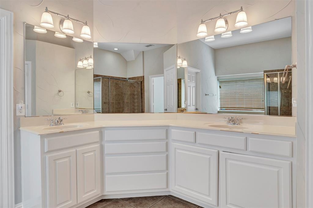 5100 Chatburn  Lane, McKinney, Texas 75070 - acquisto real estate best photos for luxury listings amy gasperini quick sale real estate
