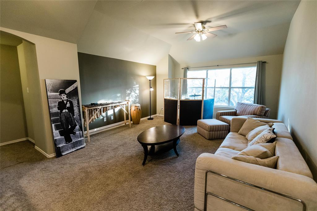 1203 Wentwood  Drive, Corinth, Texas 76210 - acquisto real estate best realtor dfw jody daley liberty high school realtor
