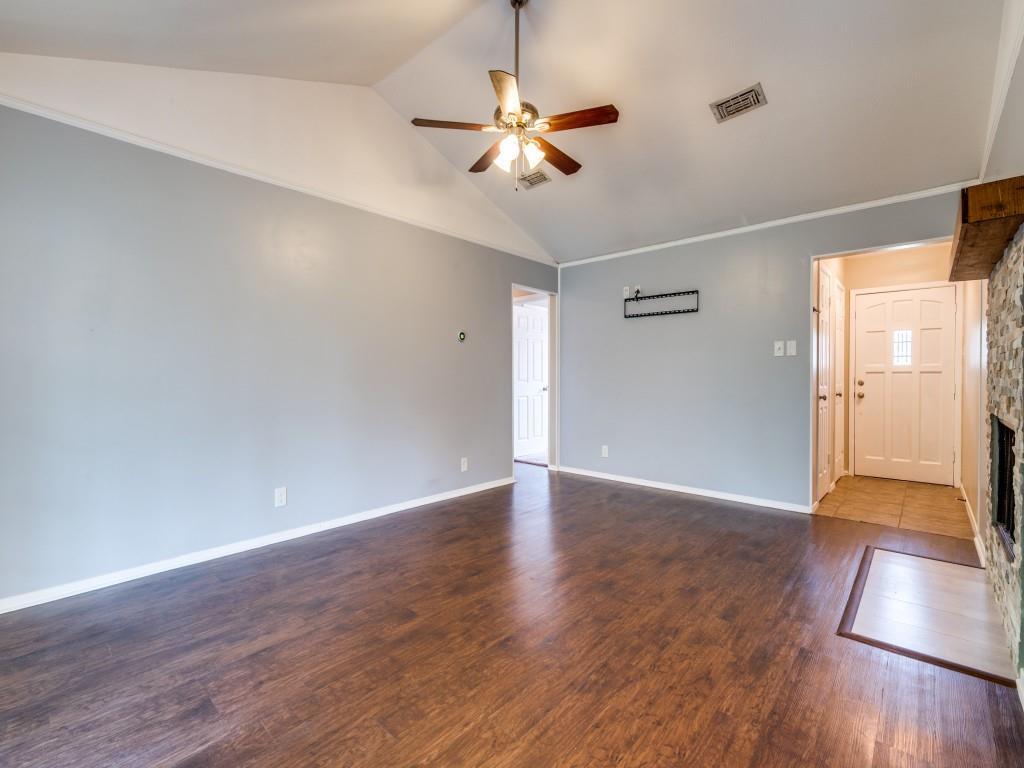 6321 Carousel  Drive, Watauga, Texas 76148 - acquisto real estate best the colony realtor linda miller the bridges real estate