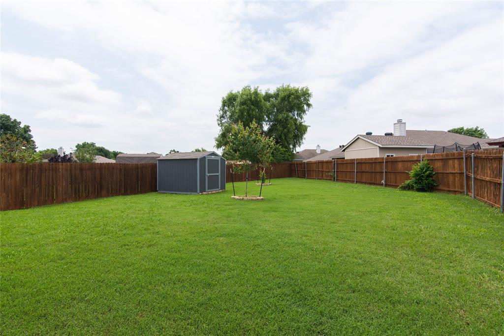 1019 Maria  Drive, Grand Prairie, Texas 75052 - acquisto real estate best the colony realtor linda miller the bridges real estate