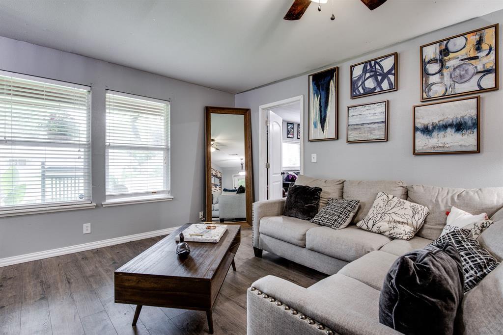 413 Colorado  Street, Sherman, Texas 75090 - acquisto real estate best highland park realtor amy gasperini fast real estate service