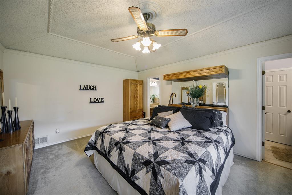 210 Mesa  Drive, Sunnyvale, Texas 75182 - acquisto real estate best designer and realtor hannah ewing kind realtor