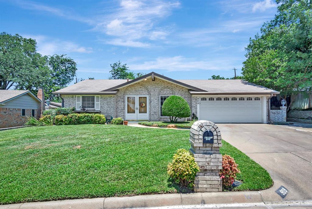 909 Natchez  Avenue, Bedford, Texas 76022 - Acquisto Real Estate best frisco realtor Amy Gasperini 1031 exchange expert