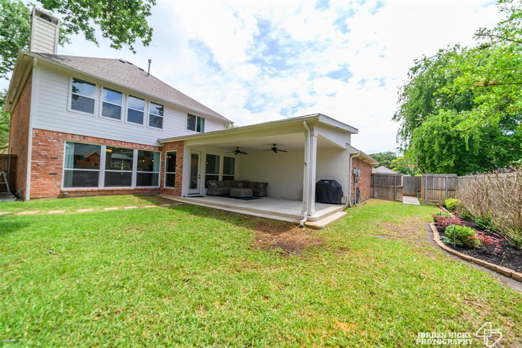 822 Forest Lakes  Drive, Keller, Texas 76248 - acquisto real estate mvp award real estate logan lawrence