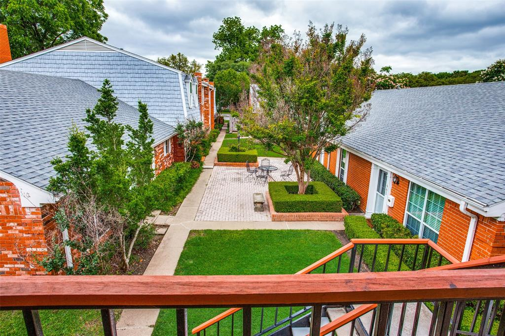 968 Roaring Springs  Road, Fort Worth, Texas 76114 - acquisto real estate best allen realtor kim miller hunters creek expert