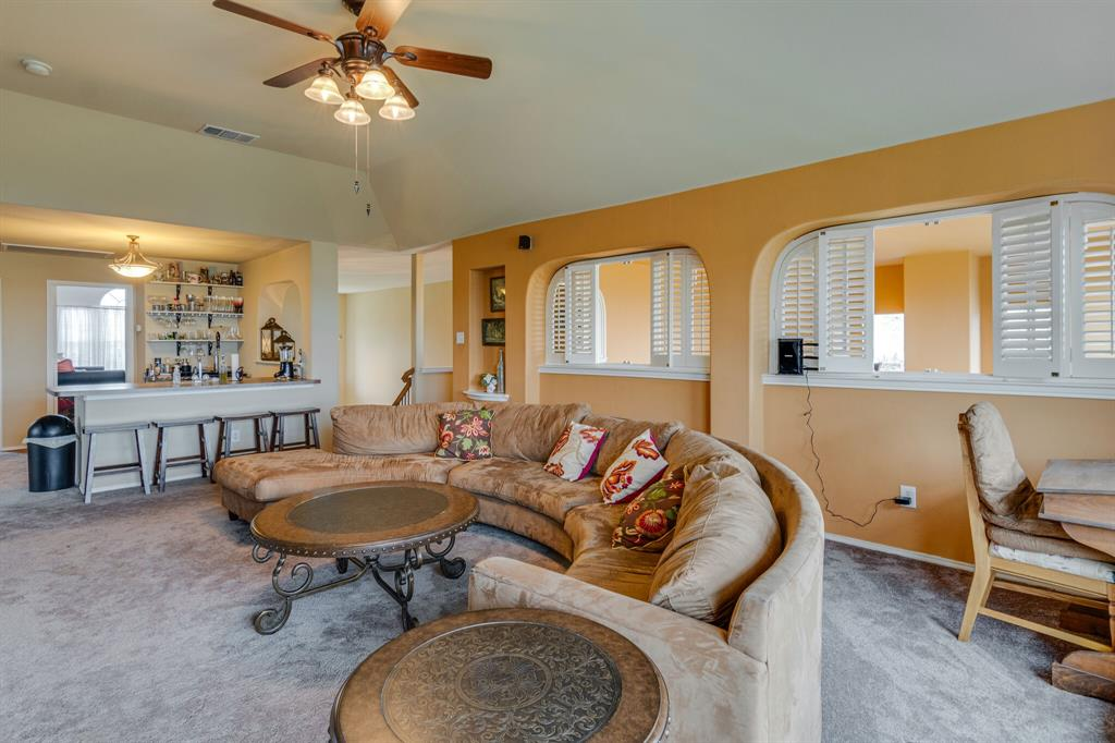 947 Yucca  Court, Burleson, Texas 76028 - acquisto real estate best listing photos hannah ewing mckinney real estate expert