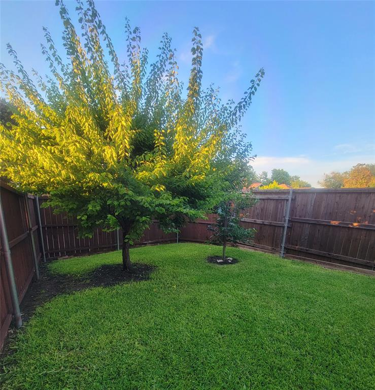 2335 Ridgestone  Drive, Dallas, Texas 75287 - acquisto real estate best investor home specialist mike shepherd relocation expert