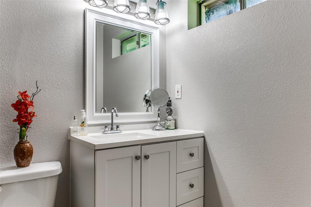 115 Allen  Street, Kaufman, Texas 75142 - acquisto real estate best investor home specialist mike shepherd relocation expert