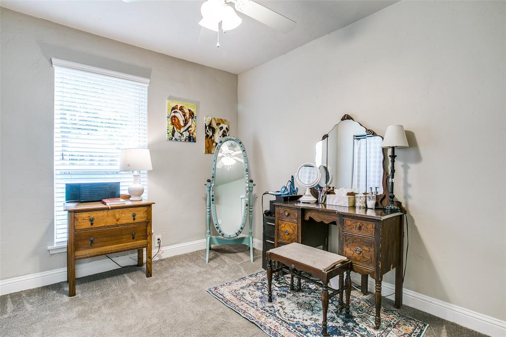809 Wheelwood  Drive, Hurst, Texas 76053 - acquisto real estate best photos for luxury listings amy gasperini quick sale real estate