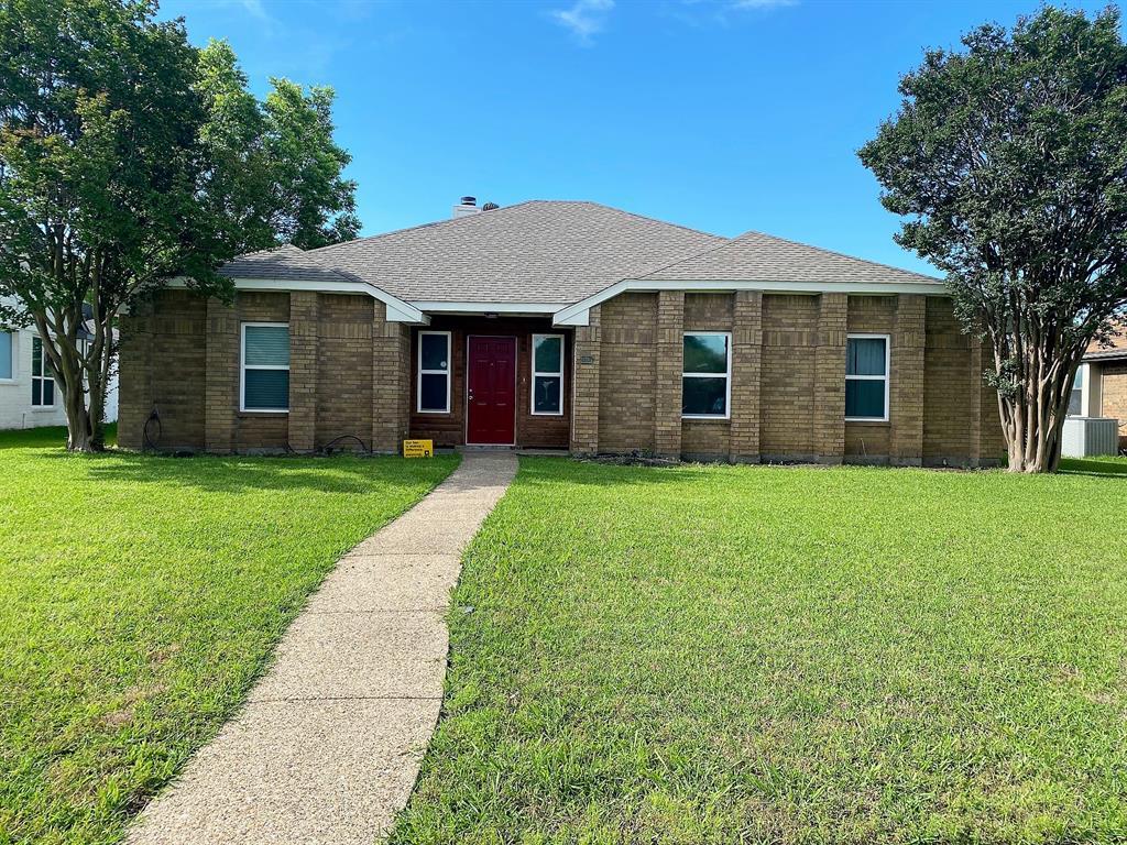 4514 Westlake  Drive, Garland, Texas 75043 - Acquisto Real Estate best frisco realtor Amy Gasperini 1031 exchange expert